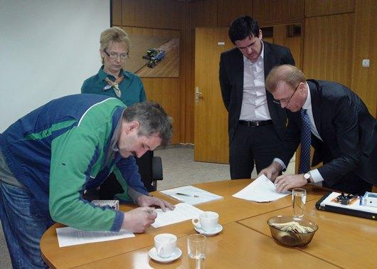Potpisan KU-SDF-žetelice